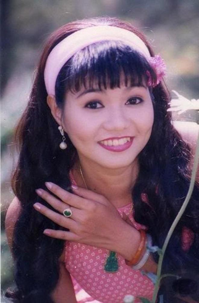 Chân dung nữ nghệ sĩ bị Kim Tử Long nói thẳng là không đẹp, bôi hết son phấn chỉ là cô gái bình thường - Ảnh 4.