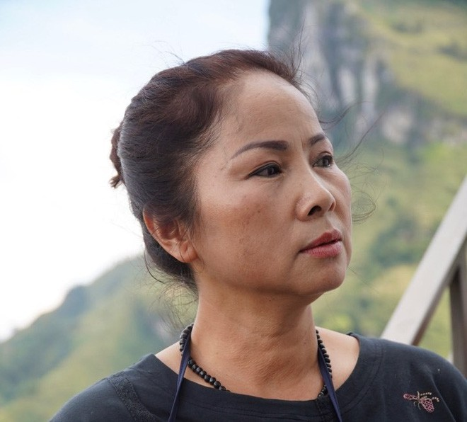 Nữ chủ nhân tiết lộ số tiền xây khách sạn 7 tầng trên đèo Mã Pí Lèng - Ảnh 1.
