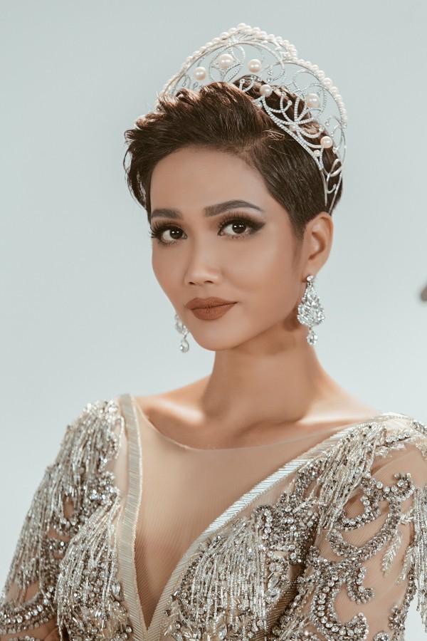 Hành động đáp trả đầy ngưỡng mộ của HHen Niê với thí sinh Hoa hậu Hoàn vũ Việt Nam từng mỉa mai mình - Ảnh 3.