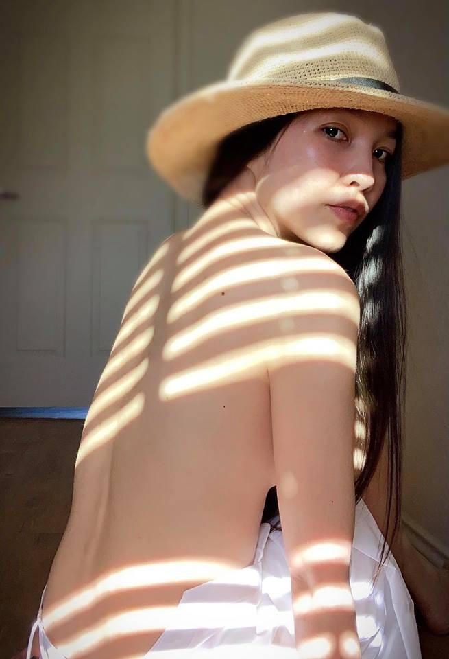 38 tuổi, mẹ đơn thân Hiền Thục vẫn chẳng ngại ngần chụp ảnh táo bạo khoe thân hình sexy như gái đôi mươi - Ảnh 6.