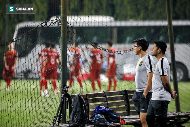 HLV Lê Thụy Hải: Để Malaysia do thám là rất bất lợi cho tuyển Việt Nam - Ảnh 1.