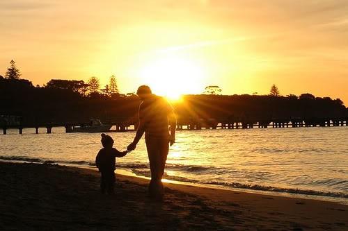 Nhận ra con trai thất lạc, ông bố giàu có chưa nhận ngay mà làm 1 việc giúp được con cả đời - Ảnh 1.
