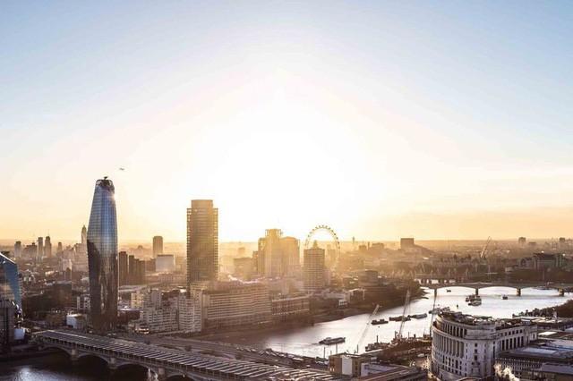 Không chỉ ở Hà Nội, người dân London cũng đang hoảng sợ vì ô nhiễm không khí - Ảnh 1.