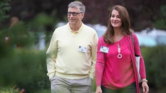 Từ thiện 35 tỷ USD mãi không thấy nghèo đi, thì ra Bill Gates sở hữu cỗ máy in tiền 'tàng hình', giúp ông ngồi không 25 năm cũng bỏ túi 75 tỷ USD - Ảnh 3.