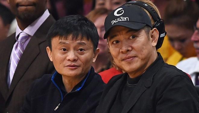 """""""Tỷ phú giàu nhất Trung Quốc"""" được Lý Liên Kiệt ra sức bảo vệ, nửa làng giải trí Hoa ngữ muốn kết thân - Ảnh 2."""