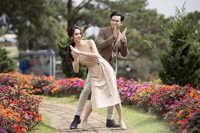 Hương Giang hôn đắm đuối mỹ nam nổi tiếng Thái Lan - Ảnh 8.