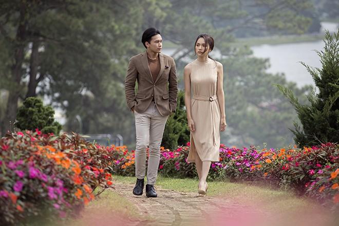 Hương Giang hôn đắm đuối mỹ nam nổi tiếng Thái Lan - Ảnh 7.