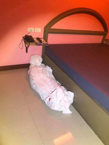 Bước vào dọn phòng, nhân viên khách sạn phát hiện ra thi thể nằm dưới sàn, cảnh sát vào cuộc cũng ngã ngửa khi biết sự thật - Ảnh 1.