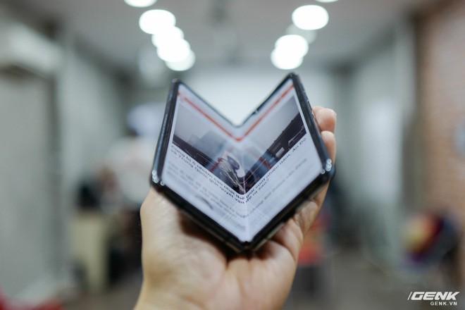 Samsung xác nhận ra mắt Galaxy Fold chính hãng tại Việt Nam trong tháng 11, giá trên 50 triệu đồng - Ảnh 1.