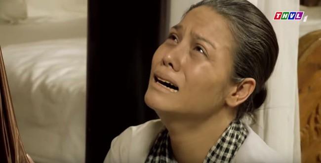 Tiếng sét trong mưa: Thị Bình gào khóc, quỳ gối van xin khi Khải Duy oán trách chuyện sinh con cho chồng mới - ảnh 5