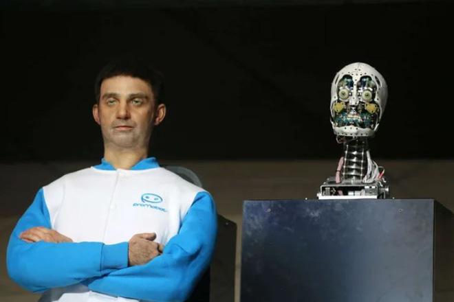 Start-up Nga công bố mẫu robot thay hình đổi mặt như Bạch Cốt Tinh, có thể mô phỏng ngoại hình bất cứ ai trên thế giới này - Ảnh 1.