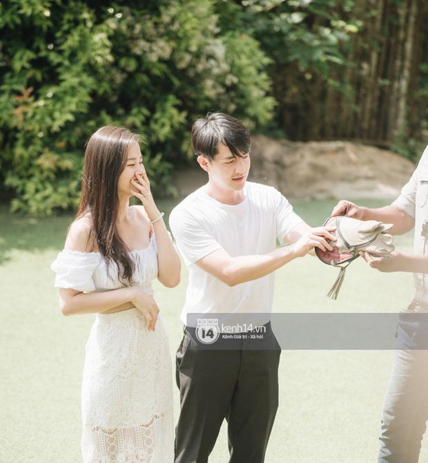 Theo chân Đông Nhi và Ông Cao Thắng sau khi thành vợ chồng - ảnh 3