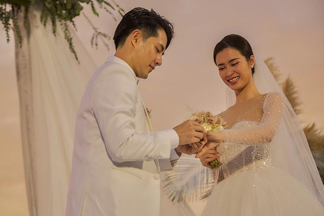 Điều thú vị về ca sĩ xui xẻo nhất khi dự siêu đám cưới 10 tỷ của Đông Nhi, Ông Cao Thắng - ảnh 1