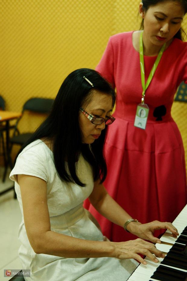 Chuyện một bà ngoại trở thành sinh viên đại học ở tuổi 63: Bởi vì thanh xuân là tuổi ở nơi tim mình! - Ảnh 7.