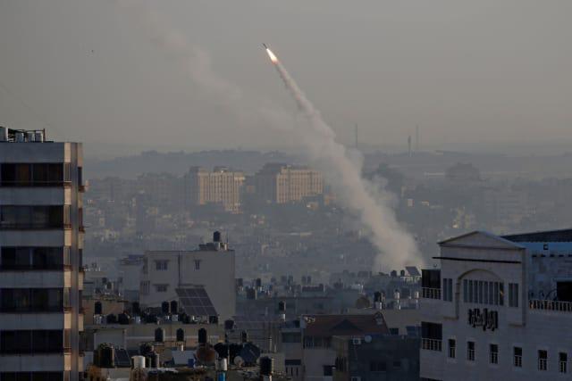CẬP NHẬT: Tên lửa tấn công rung chuyển Syria, Israel hứng cơn mưa rocket - Tàu ngầm Nga áp sát bờ biển Israel - Ảnh 7.
