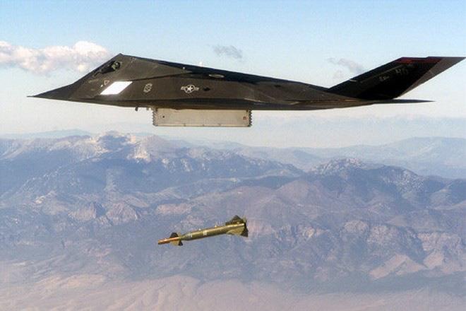 [ẢNH] Mỹ khôi phục tiêm kích tàng hình F-117 để trưng bày, hay âm thầm tái sử dụng? - Ảnh 14.