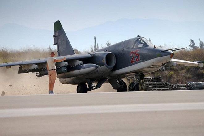 Nga âm thầm cho Su-25 trực chiến, sẵn sàng trút hỏa lực vào biên giới Syria-Thổ Nhĩ Kỳ - Ảnh 16.