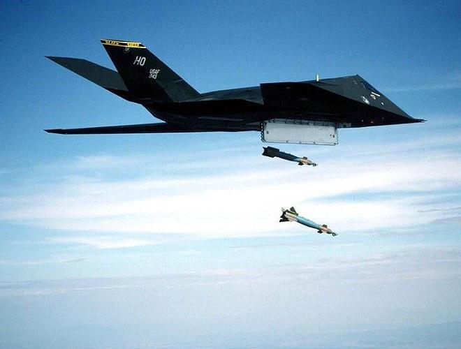 [ẢNH] Mỹ khôi phục tiêm kích tàng hình F-117 để trưng bày, hay âm thầm tái sử dụng? - Ảnh 18.