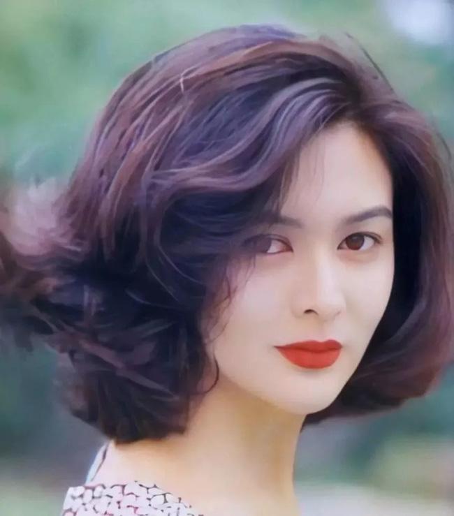 Nhìn lại nhan sắc tuổi 20 của một trong tứ đại mỹ nhân Hong Kong Quan Chi Lâm - Ảnh 3.