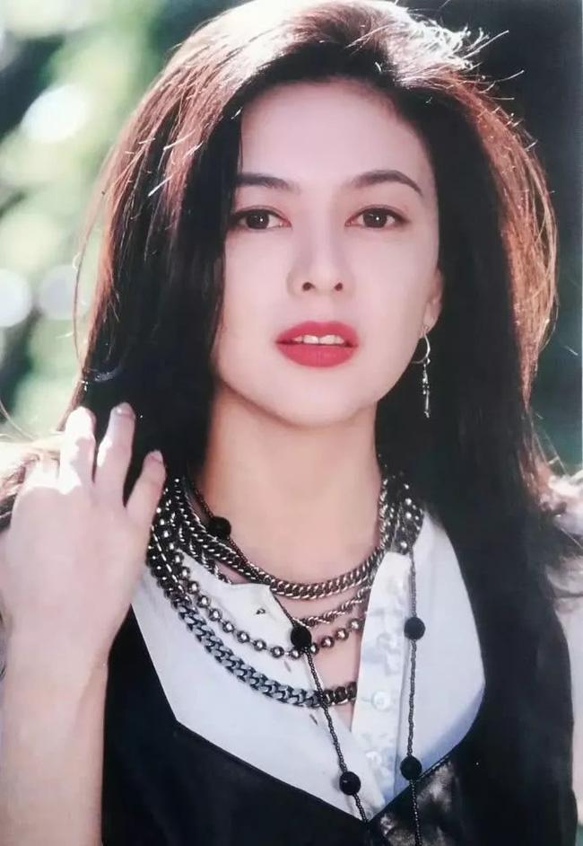 Nhìn lại nhan sắc tuổi 20 của một trong tứ đại mỹ nhân Hong Kong Quan Chi Lâm - Ảnh 6.