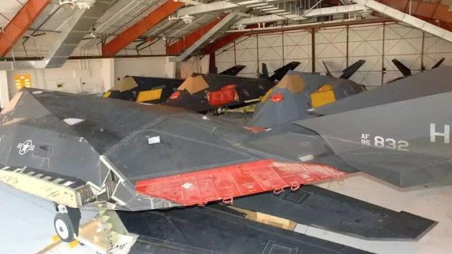 [ẢNH] Mỹ khôi phục tiêm kích tàng hình F-117 để trưng bày, hay âm thầm tái sử dụng? - Ảnh 6.