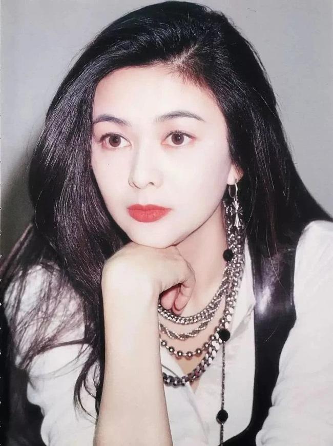 Nhìn lại nhan sắc tuổi 20 của một trong tứ đại mỹ nhân Hong Kong Quan Chi Lâm - Ảnh 7.