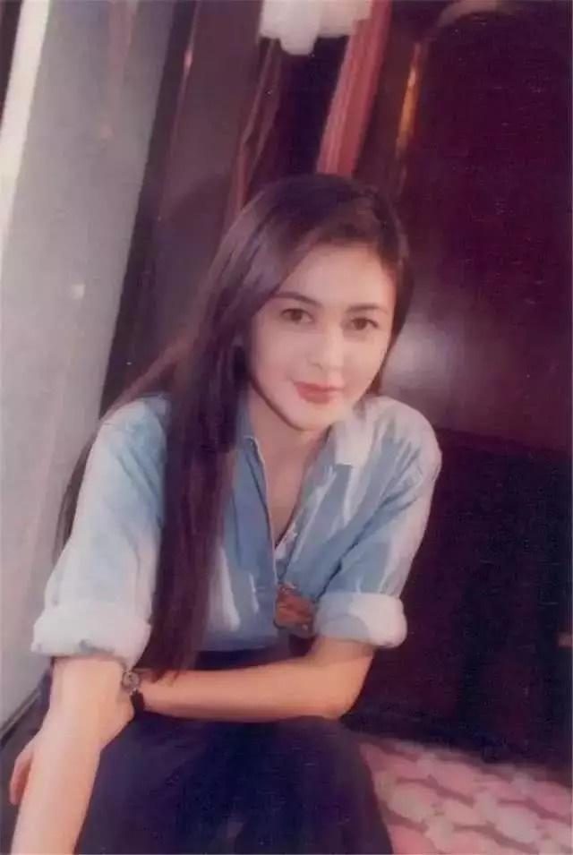 Nhìn lại nhan sắc tuổi 20 của một trong tứ đại mỹ nhân Hong Kong Quan Chi Lâm - Ảnh 10.