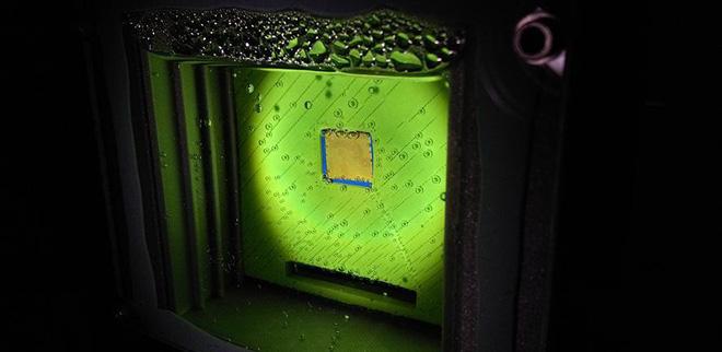 Phát triển thành công lá nhân tạo có thể quang hợp như thật, vừa loại được CO2 lại vừa tạo ra cả oxy và nhiên liệu - Ảnh 2.