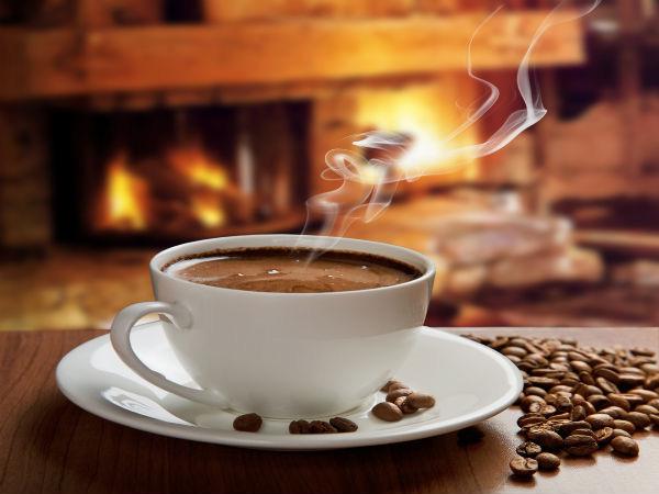 Uống nhiều cà phê, nước sinh tố buổi sáng dễ bị tăng cân - Ảnh 1.