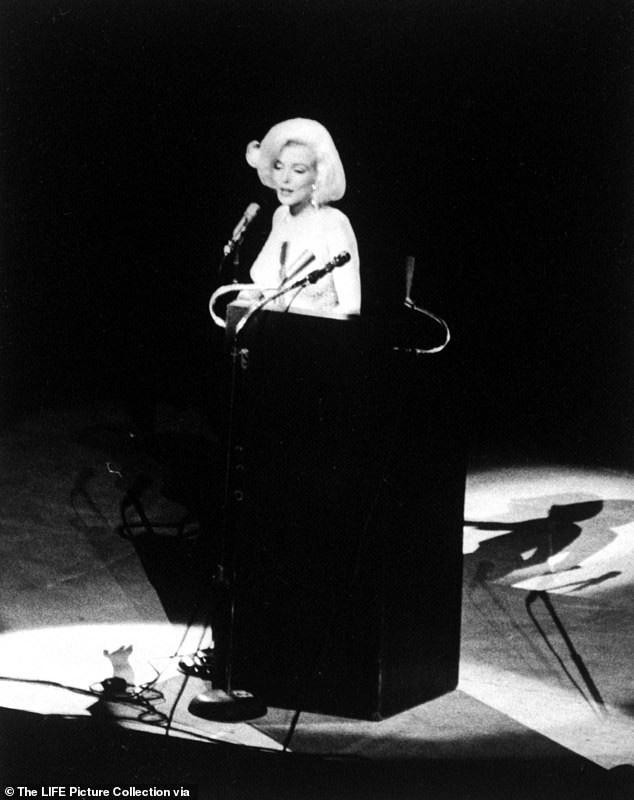 Tiết lộ bất ngờ về Marilyn Monroe tại sinh nhật Tổng thống Mỹ Kennedy - ảnh 1