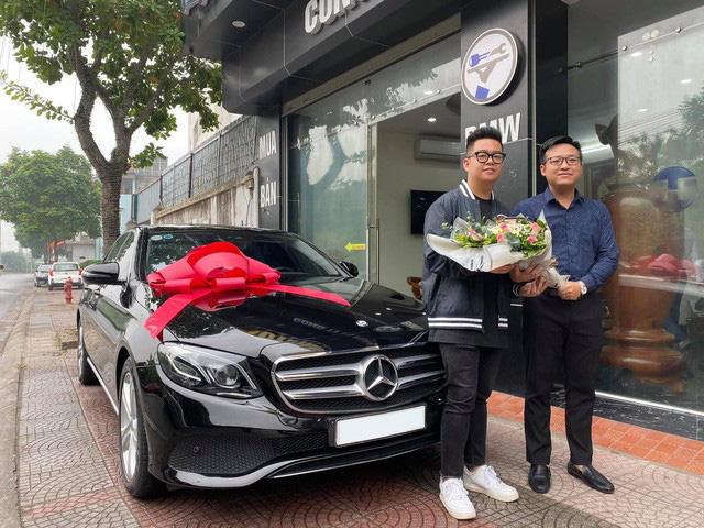 Thiếu gia sinh năm 2001 tậu Mercedes-Benz giá hơn 2 tỷ đồng khi vừa tròn 18 tuổi - Ảnh 1.