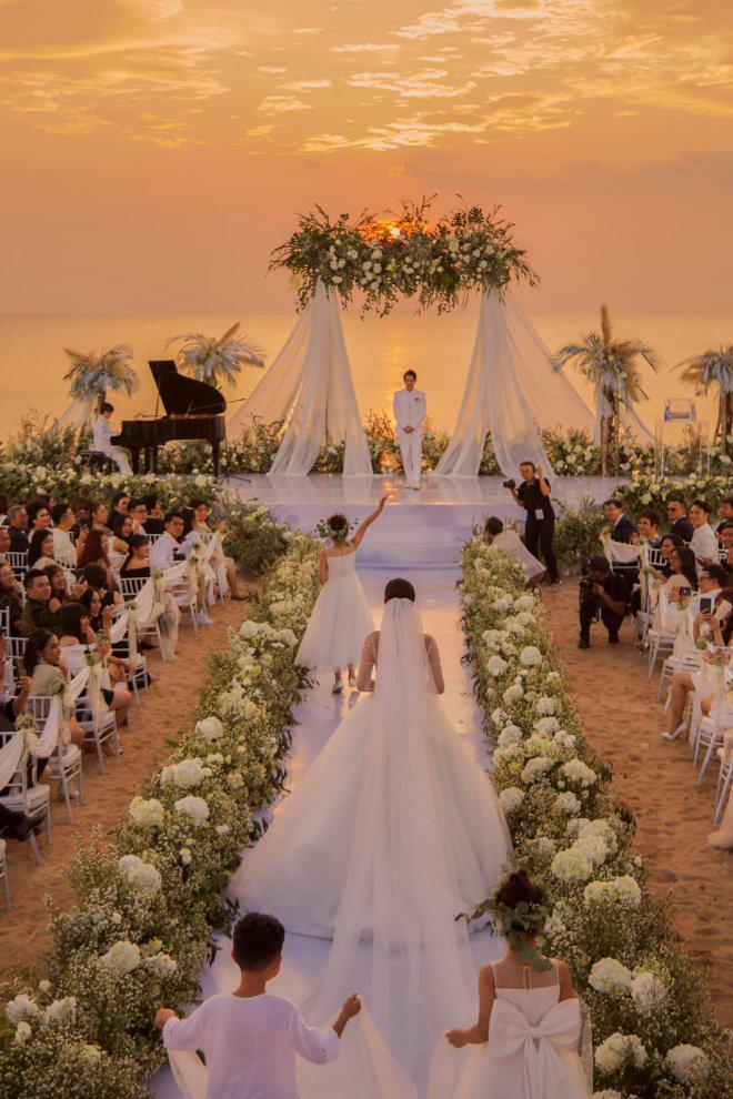 Đông Nhi hé lộ sự cố nhớ đời trong đám cưới 10 tỷ ở Phú Quốc - ảnh 3