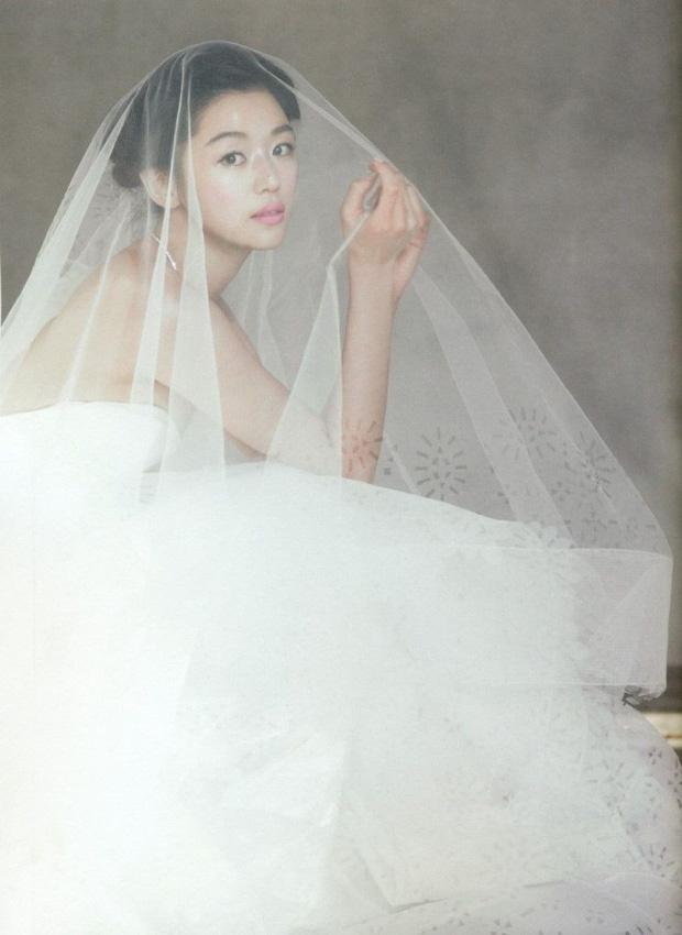 Cô nàng ngổ ngáo Jun Ji Hyun: Ngọc nữ vạn người mê thành con dâu gia tộc tài phiệt Hàn Quốc - Ảnh 8.