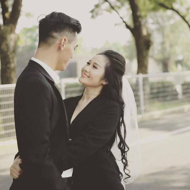 Chân dung người đẹp nóng bỏng, tiền đạo Tiến Linh từng công khai yêu say đắm - Ảnh 3.