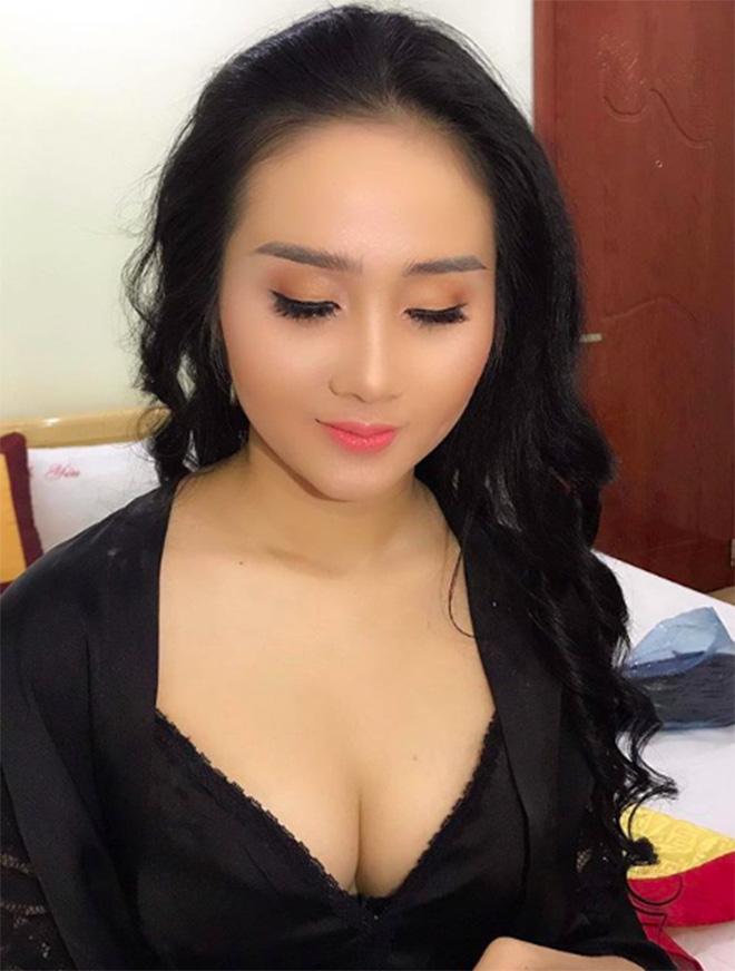 Chân dung người đẹp nóng bỏng, tiền đạo Tiến Linh từng công khai yêu say đắm - Ảnh 7.