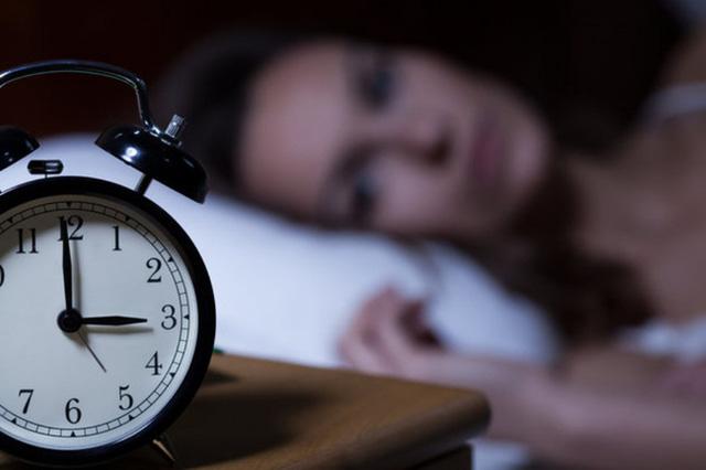 Nếu thấy xuất hiện 3 biểu hiện này trong khi ngủ chứng tỏ phổi của bạn đang kêu cứu - Ảnh 1.
