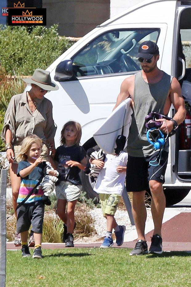 """Hết em trai giờ lại đến """"Thor"""" Chris Hemsworth ly dị vợ, chỉ còn sống chung vì con cái? - Ảnh 2."""