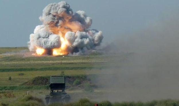 Nga chuẩn bị đưa pháo phản lực TOS-1 đến Syria? - ảnh 1