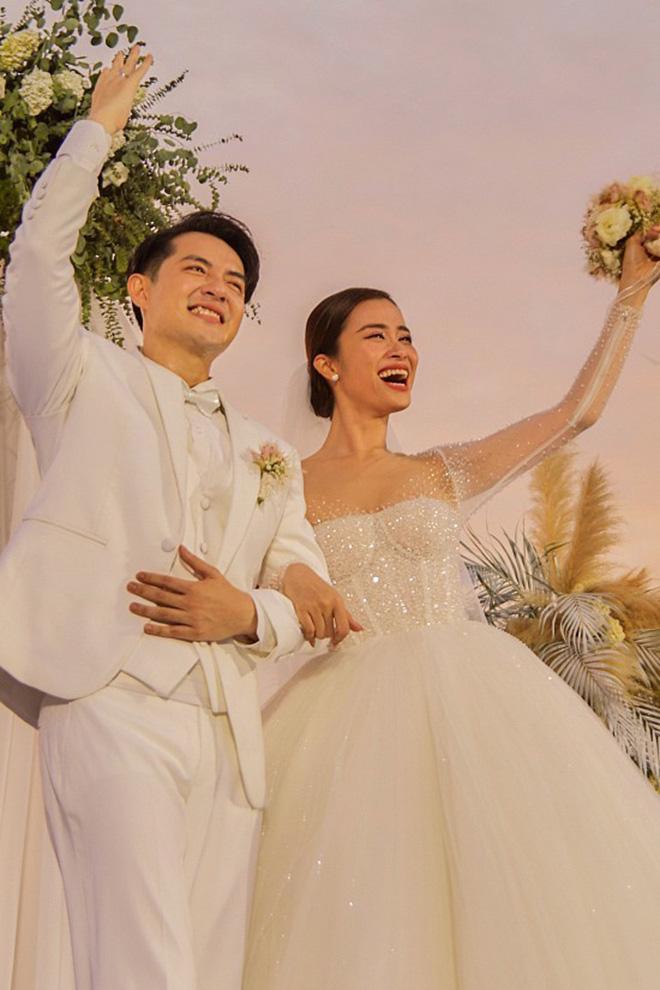 Điểm trùng hợp hài hước khi Đông Nhi, Bảo Thy tổ chức đám cưới với ông xã giàu có - Ảnh 3.