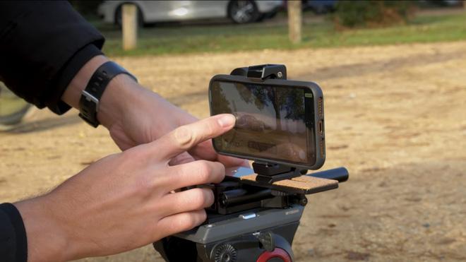 Dùng iPhone 11 Pro quay siêu xe thay máy quay chuyên nghiệp, chất lượng như thế nào? - Ảnh 1.