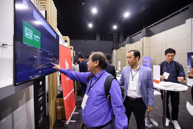 TV Vsmart lộ ảnh thực tế: 55 inch viền mỏng, chạy Android TV, làm bởi người Việt - Ảnh 5.