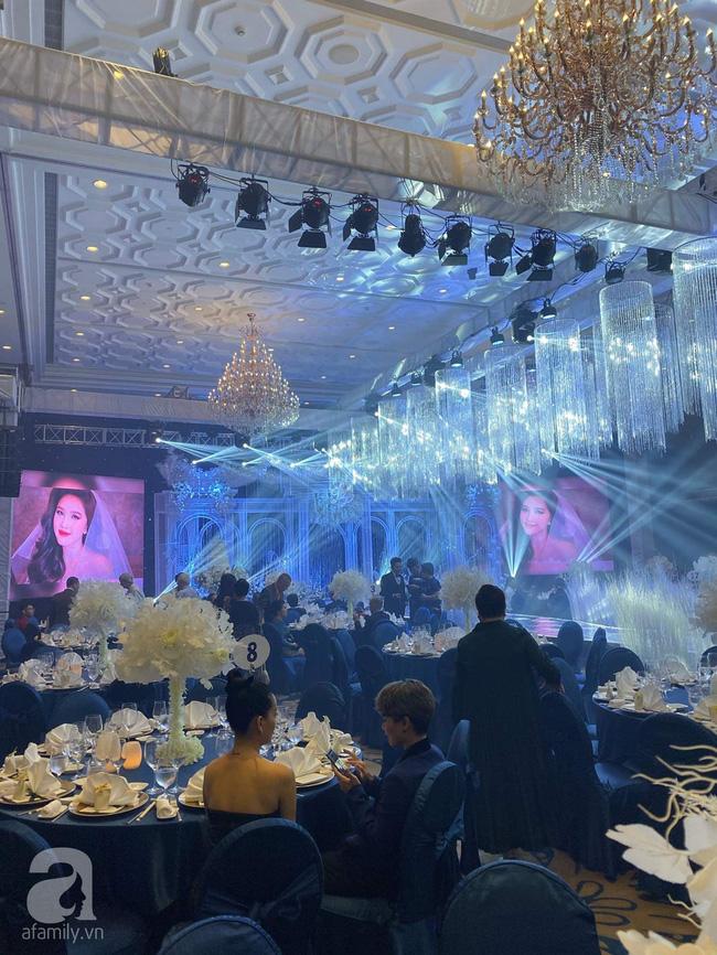 Cập nhật từ đám cưới Bảo Thy: Cô dâu chú rể cực đẹp đôi, dàn khách mời check-in trong không gian sang chảnh nhất TP.HCM - ảnh 7