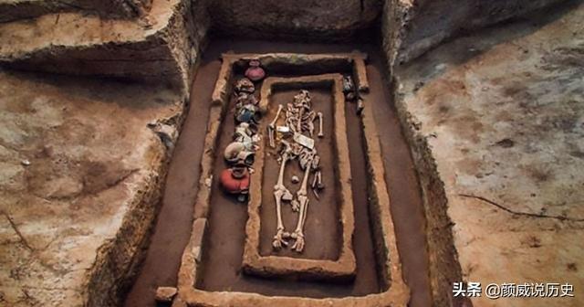 Thực hư sự tồn tại của người khổng lồ ở Trung Quốc thời xưa: Tần Thủy Hoàng cũng tin? - Ảnh 3.