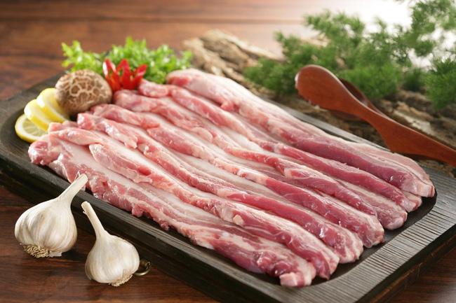 """Thời điểm tiêu thụ thịt lợn """"nóng"""" nhất chưa tới nhưng đã có người suýt chết do liên cầu khuẩn: Chuyên gia lưu ý điều quan trọng khi chọn mua thịt lợn - Ảnh 4."""