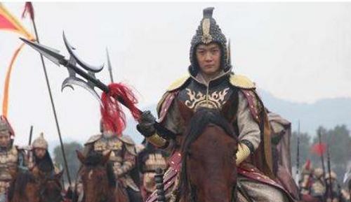 4 chủ nhân của thần binh Phương Thiên Họa Kích: Lữ Bố chỉ đứng thứ 2, người thứ nhất dũng mãnh vô song - Ảnh 5.