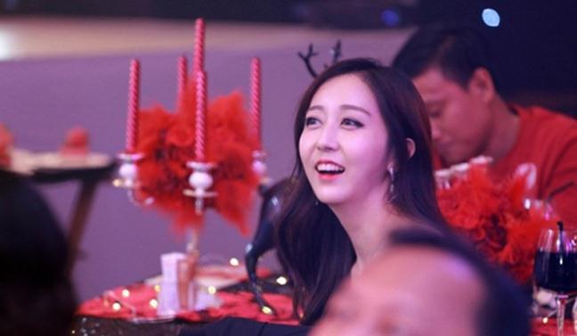 Hội bạn thân Hàn Quốc của Hari Won: Toàn các cô gái xinh đẹp gây xao xuyến - Ảnh 6.