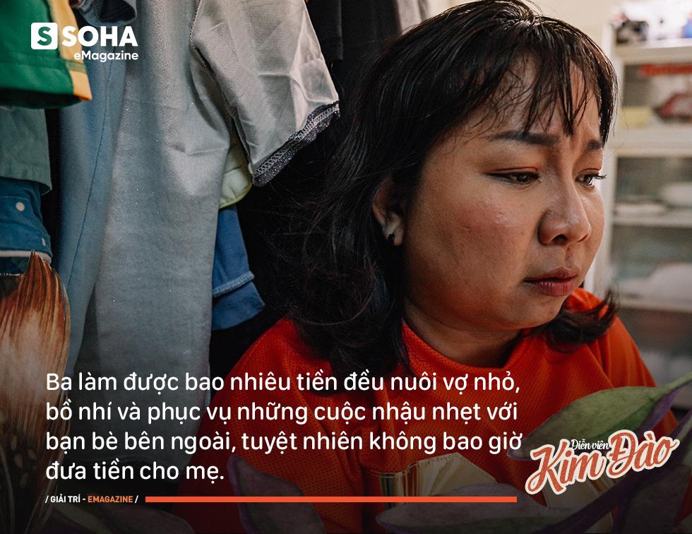 Diễn viên Kim Đào: Mẹ bị hành hạ, phải sinh con ở chuồng heo vì bà nội bảo không hợp tuổi - Ảnh 4.