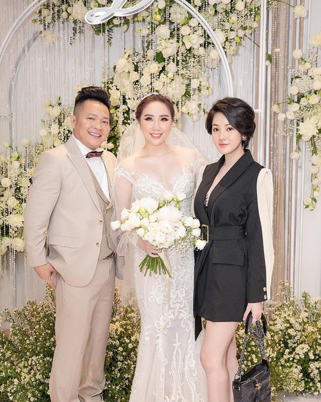 Danh tính gây bất ngờ về người đẹp ngồi khóc trong đám cưới của Bảo Thy với chồng đại gia - ảnh 1