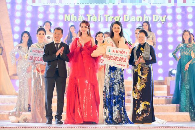 Bùi Kim Quyên đăng quang Người đẹp Xứ dừa 2019 - Ảnh 10.