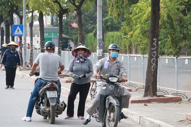 Cặp vé chợ đen trận Việt Nam - Thái Lan được đẩy lên 10 triệu đồng - Ảnh 4.